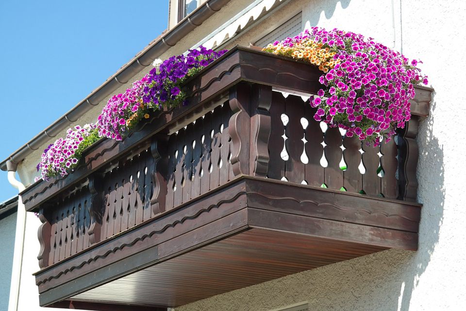 balcony decorated flowers